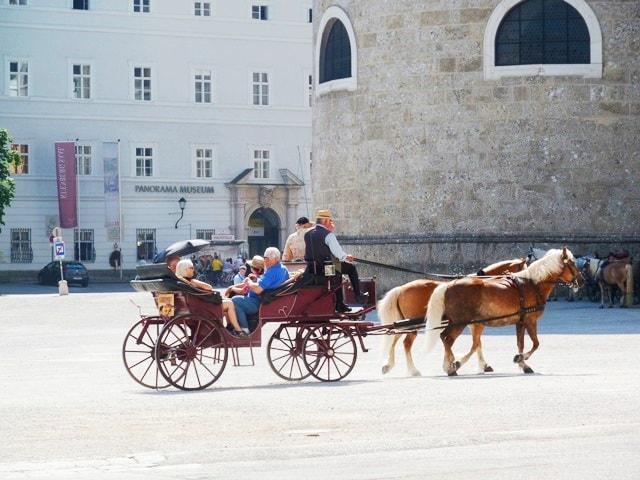 Auf Wiedersehen (Goodbye) Austria! Yo Napot (Hello) Hungary!