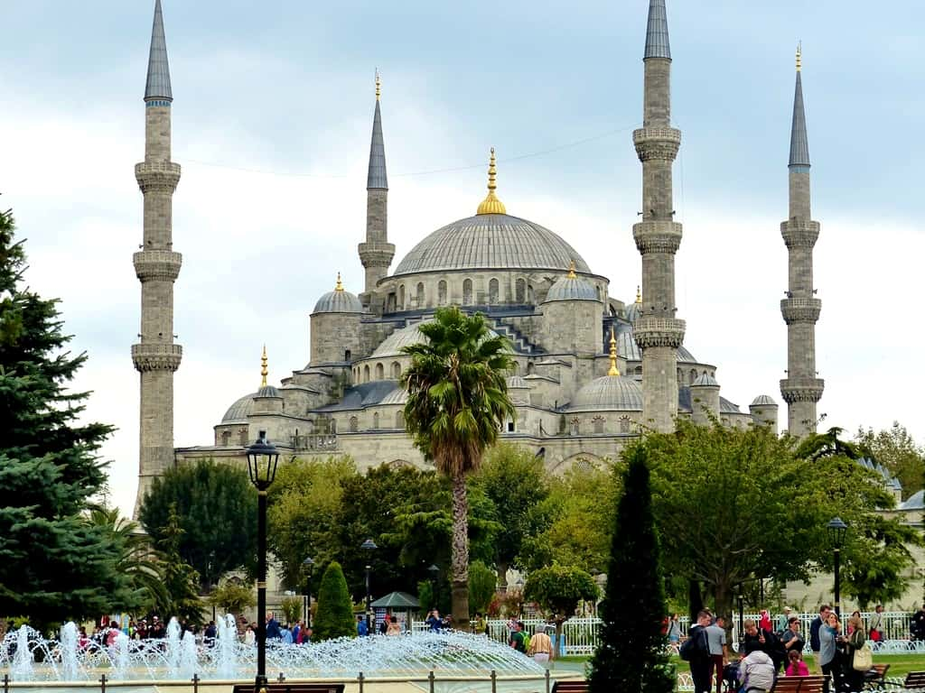 Istanbul: Mosques, Museums & Minarets